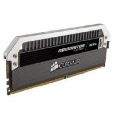 海盗船 统治者 DDR4 32GB(8G*4) 3000台式机内存